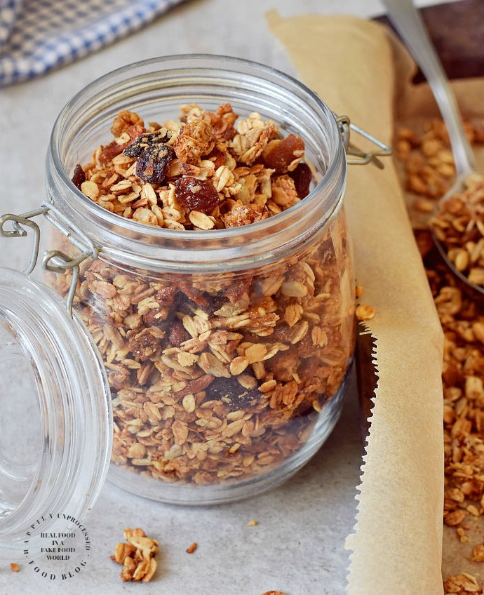 homemade granola recipe pic.jpg - Homemade Granola