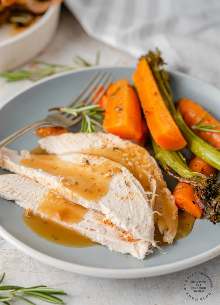 oven roasted chicken 1 720x998 - How To Cook a Perfect Garlic Herb Roasted Chicken