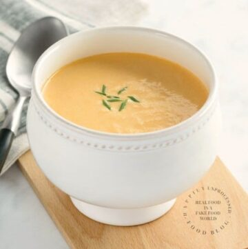crab bisque with sherry in a bowl