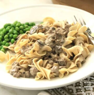 GROUND BEEF STROGANOFF - easy weeknight dinner with ground beef, egg noodles in one skillet #groundbeef #stroganoff #weeknightdinner #happilyunprocessed