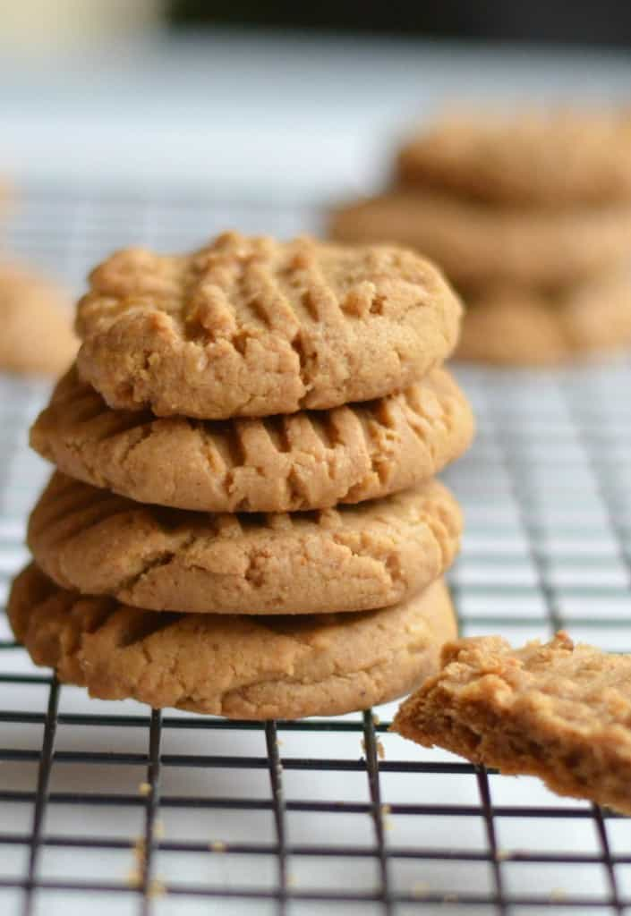 ve seen recipes for flourless peanut butter cookies on the ...