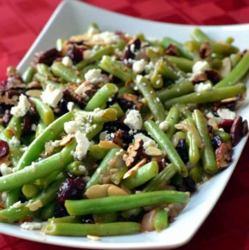 GREEN BEANS WITH FETA CHEESE, SLIVERED ALMONDS AND A BALSAMIC GLAZE