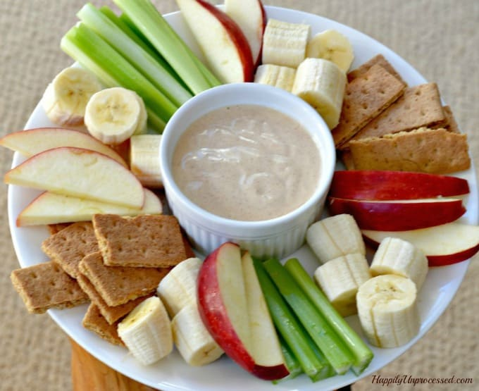 peanut-butter-yogurt-dip