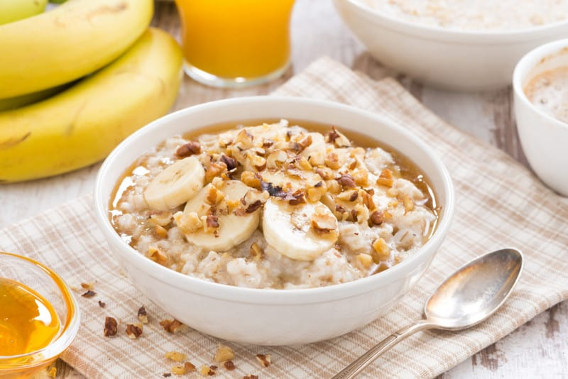 oatmeal with banana, honey and walnuts for breakfast