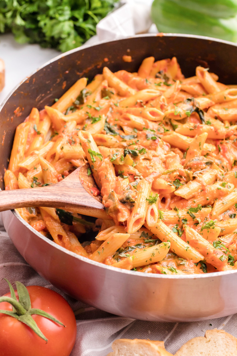 How to make penne alla vodka cream sauce for an easy weeknight meal vodkasauce - Penne alla Vodka