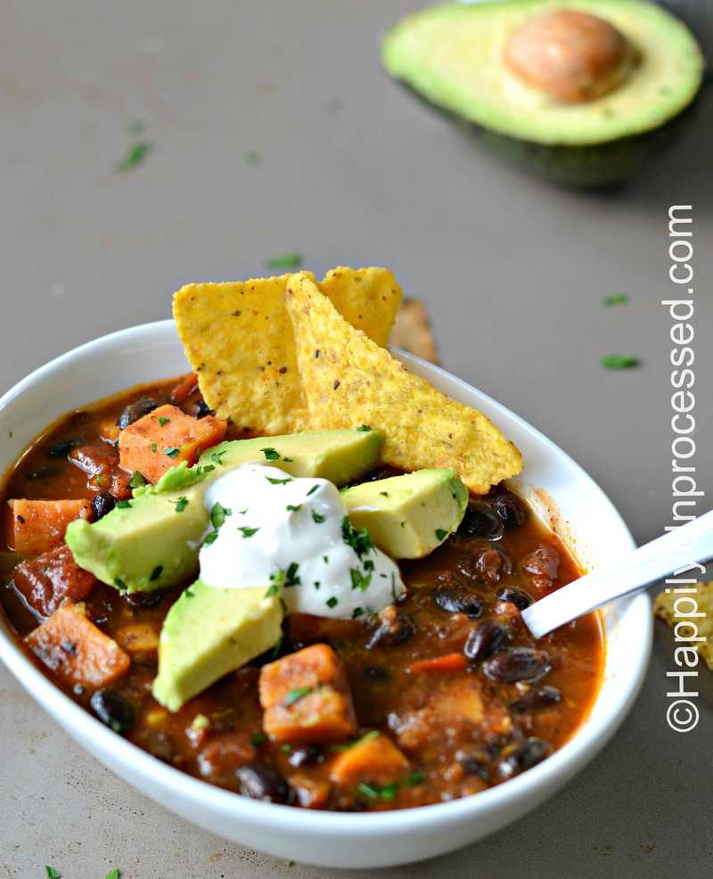 Roasted Sweet Potato and Black Bean Chili - Happily ...