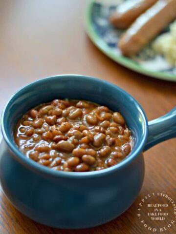 slow cooker baked beans in blue bowl