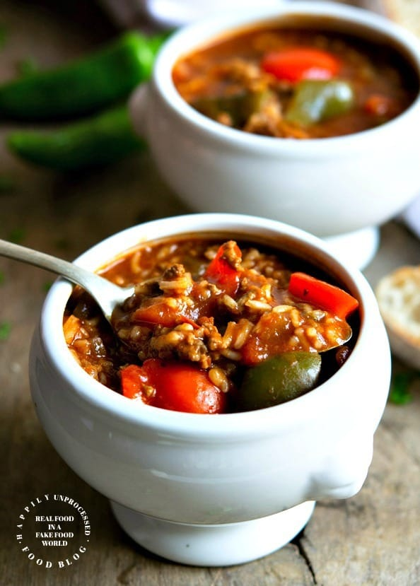 stuffed pepper soup with ground beef, red and green peppers, onions garlic, fire roasted tomatoes and broth #soup #healthy #stuffedpeppers #happilyunprocessed