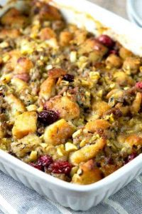 Thanksgiving Sausage, Cranberry & Apple Stuffing