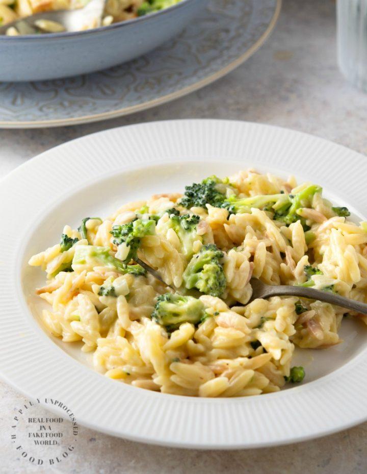 creamy cheddar broccoli orzo 3 720x929 - Creamy Cheddar & Broccoli Orzo