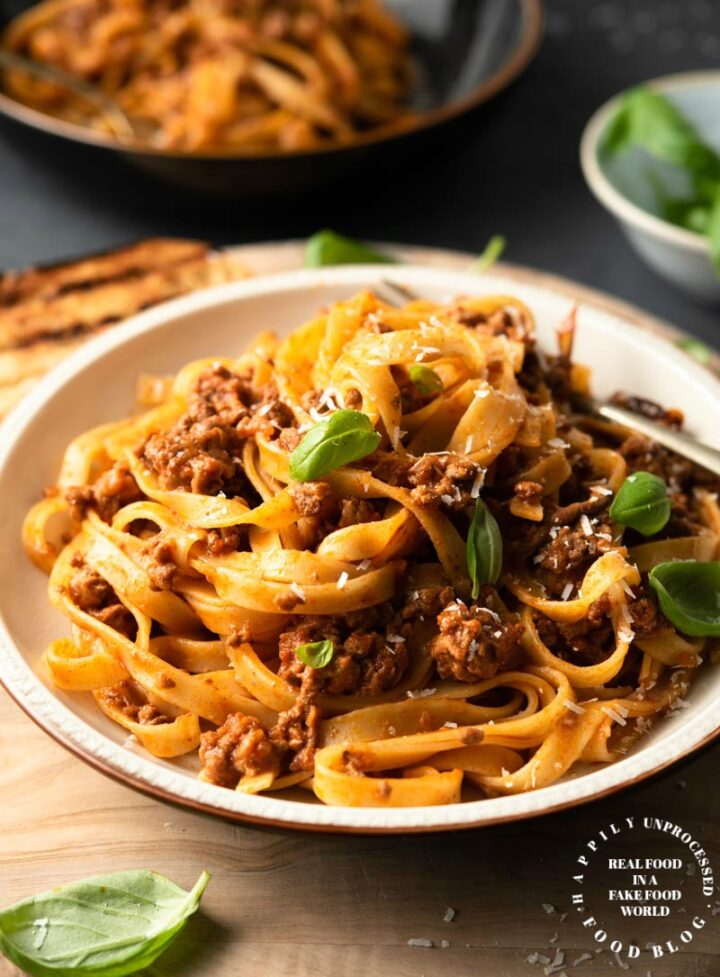 Bolognese Sauce 2a 720x977 - Classic Bolognese Sauce with Tagliatelle (step by step)
