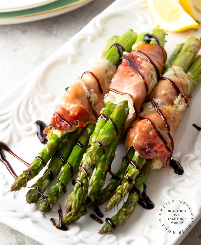 Prosciutto Asparagus 1a - Prosciutto Wrapped Asparagus with Garlic & Herb Cheese