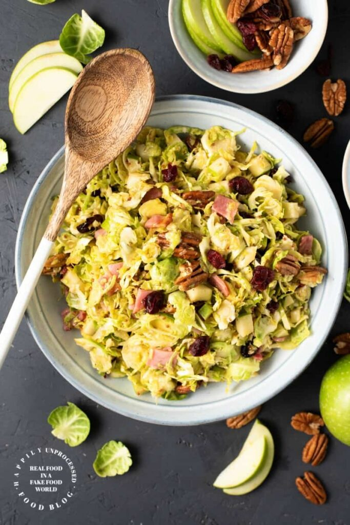 SHAVED BRUSSEL SPROUT SALAD w HONEY MUSTARD & APPLE VINAIGRETTE #brusselsprouts #salad #healthy #sidedish #happilyunprocessed.com