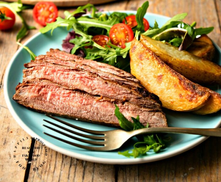 MARINTED FLANK STEAK - easy weeknight steak #steak #dinner #happilyunprocessed.com