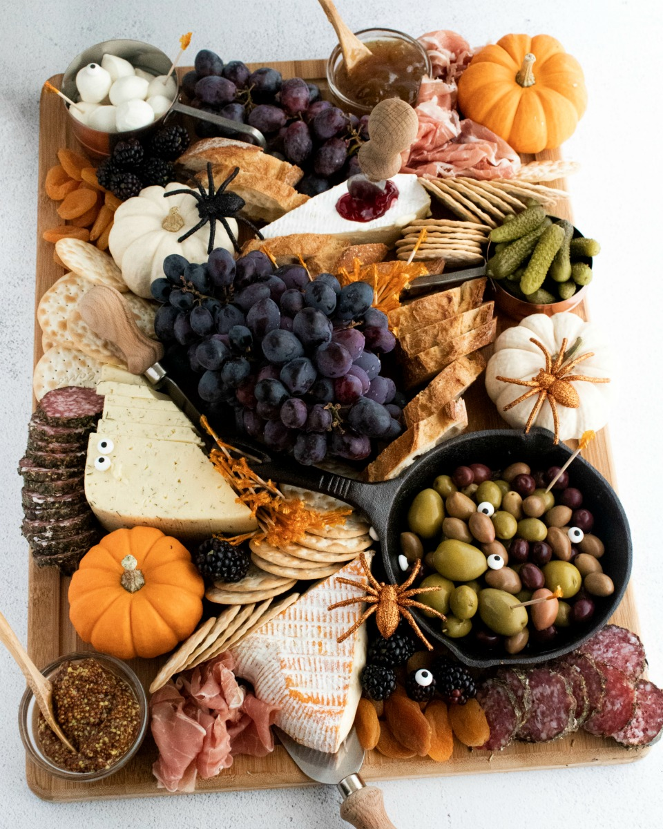 How to make a Fall Charcuterie Board with seasonal fruits cheeses and meats - How to make a Fall Charcuterie Board in 5 Easy Steps