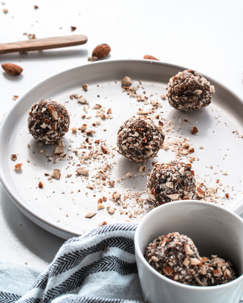 CRUNCHY ALMOND ENERGY BALLS made with pitted dates coconut and coated in crunchy almonds 2 - Crunchy Almond Energy Balls
