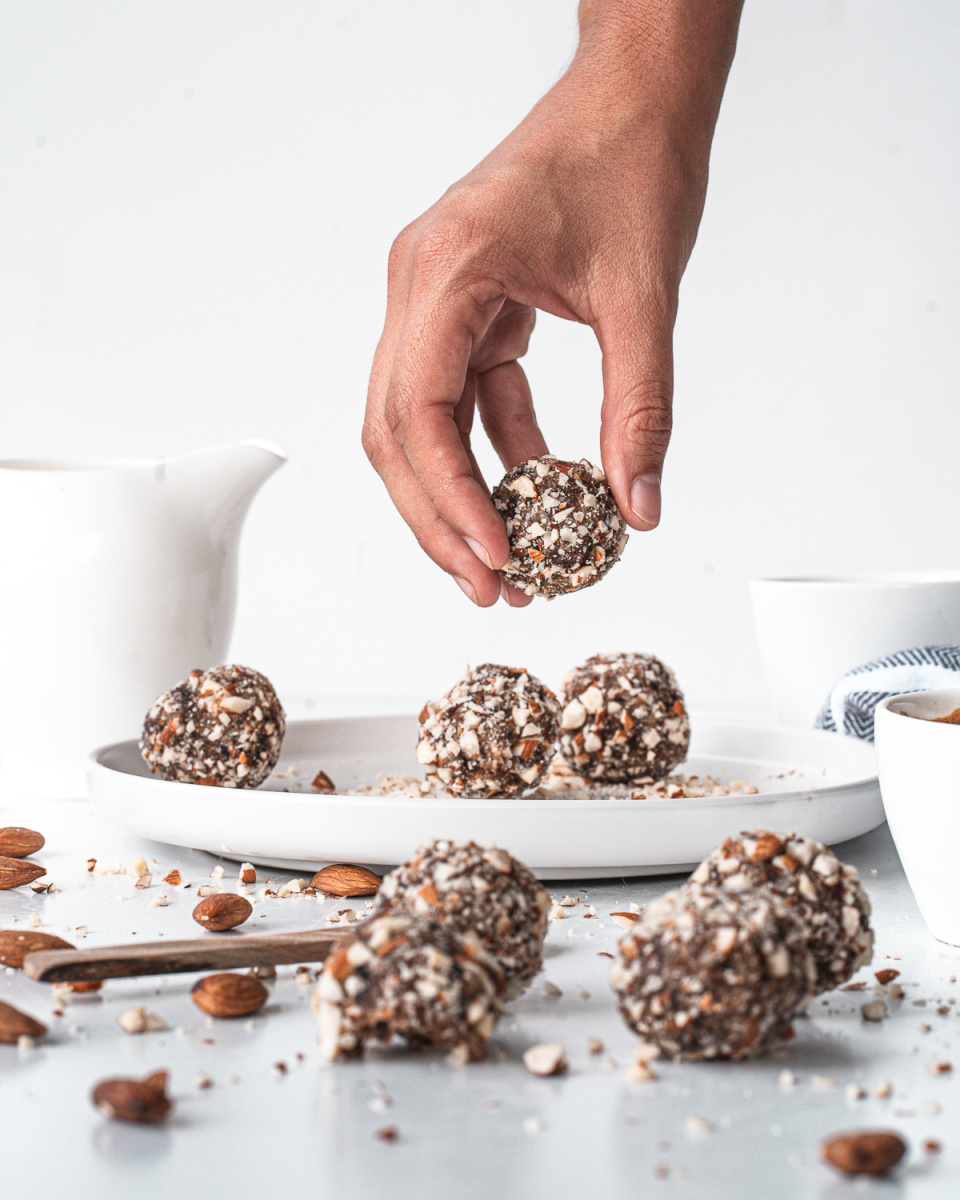 CRUNCHY ALMOND ENERGY BALLS made with pitted dates coconut and coated in crunchy almonds 3 - Crunchy Almond Energy Balls