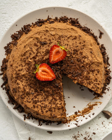 Almond and coconut flour cake with chocolate ganache is low sodium and gluten free