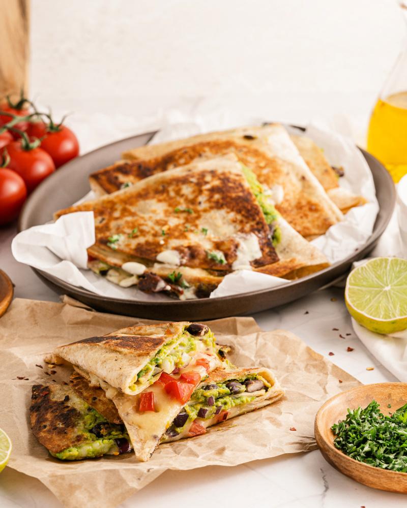 TIK TOK GUACAMOLE QUESADILLAS vegetarianquesadillas - TikTok Guacamole Quesadillas