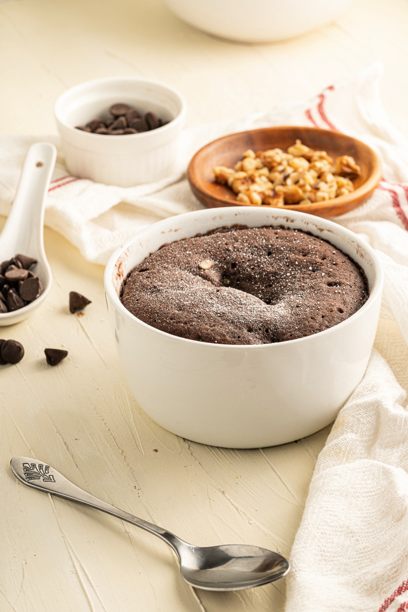 Vegan 60 second chocolate mug cake a delicious guilt free dessert - Vegan Chocolate Brownie Mug Cake - ready in 60 seconds!