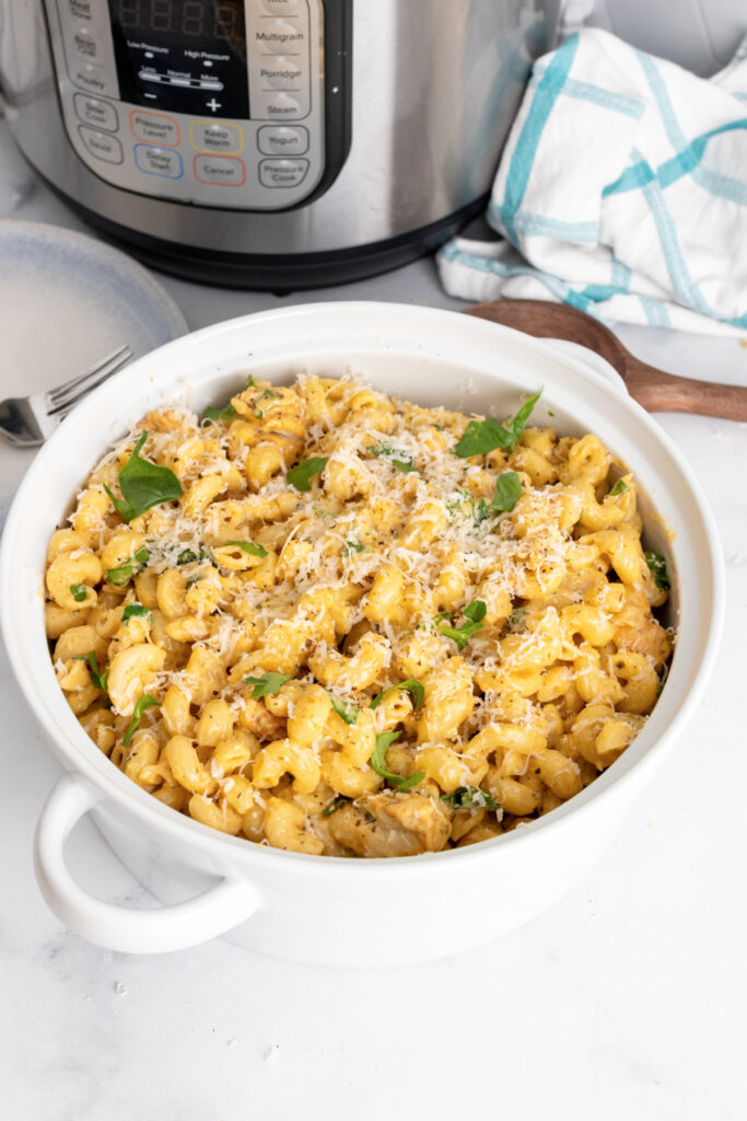 Creamy Garlic Parmesan Chicken and Pasta made in the Instant Pot 683x1024 - Instant Pot Garlic Parmesan Pasta with Chicken and Spinach